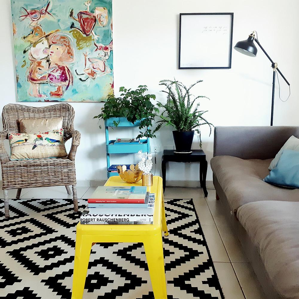 תמונות של בית. הסלון הפרטי של תמרי סלונים ליבס.