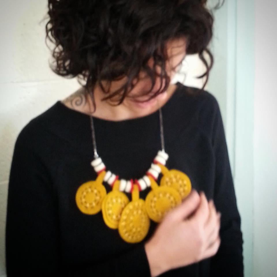 תכשיט לבד felt necklace