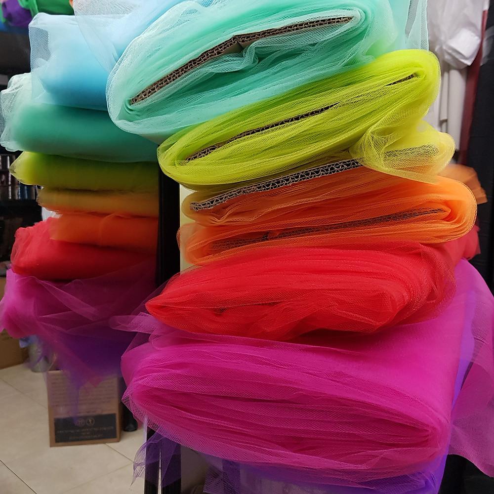 בדי טול בכל צבעי הקשת