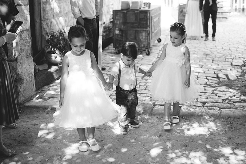 .ילדינו מנישואינו הראשונים ביום חתונתנו צילום ליאור והדס