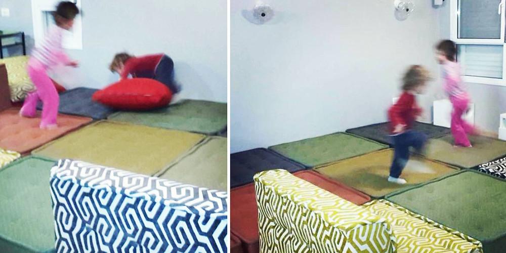 ילדים מרגישים בבית על פינת הישיבה של אתנחתא