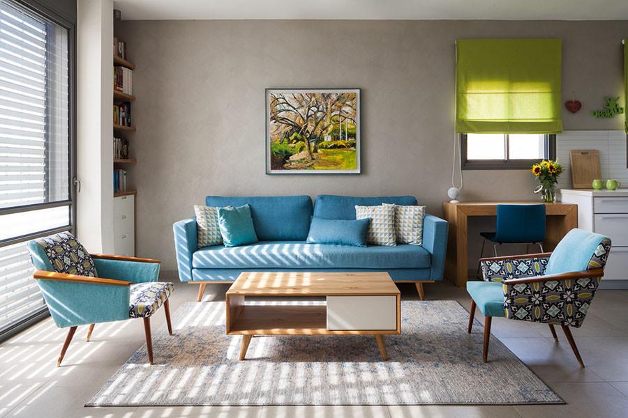 חלל מגורים צבעוני ושמח בבית בעיצוב סיון קונוולינה