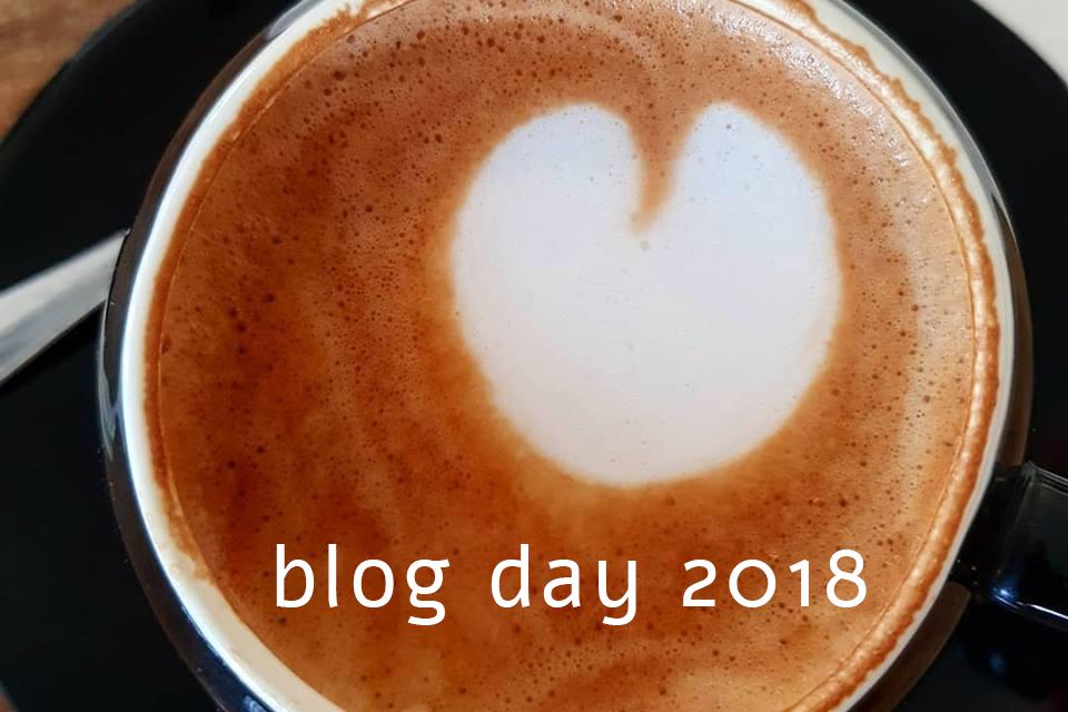 לב בכוס קפה