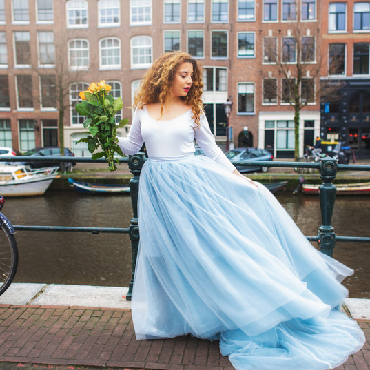 Photoshoot with Dress and flowers in Amsterdam