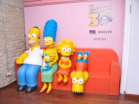Los Simpsons: Una serie que se ríe del tiempo