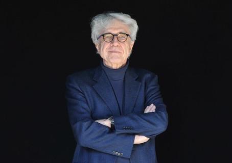 Entrevista exclusiva con Giacomo Battiato, director de la producción el Nombre de la Rosa