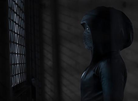 HBO presentó imágenes inéditas de la nueva serie de ficción WATCHMEN.