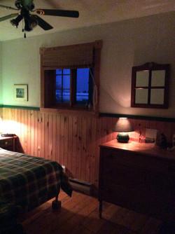 Chambre avec lit double - Chalet de la Haute Ville