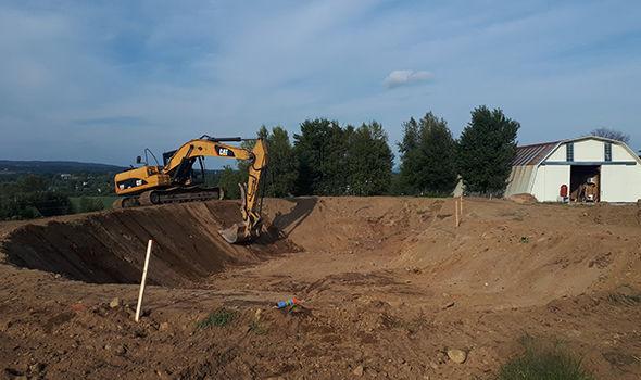 Excavation lac artificiel Cantons-de-l'Est