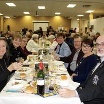 Table d'honneur souper fondue.jpg