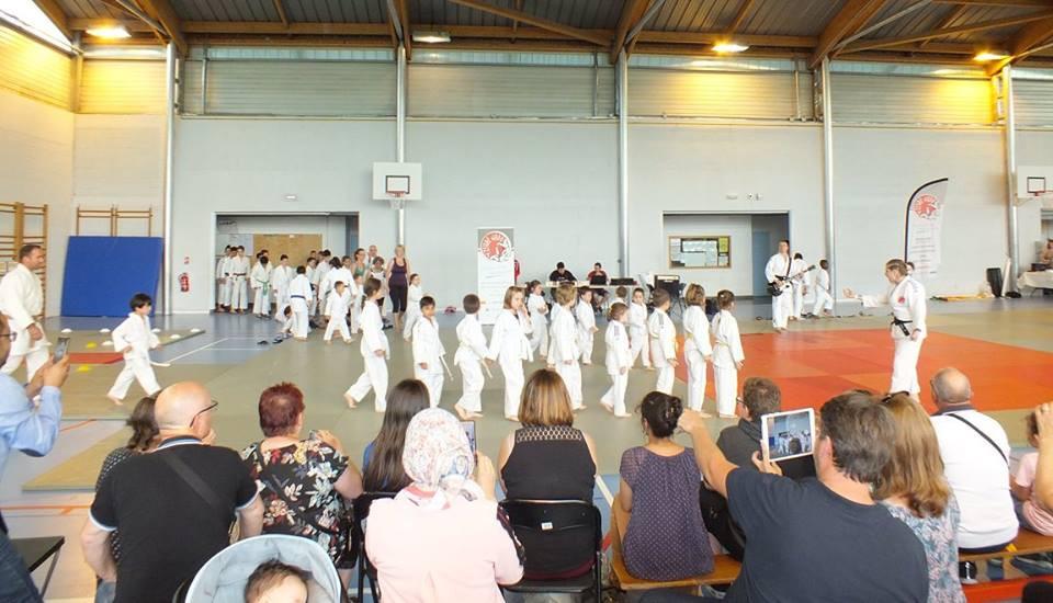entrée_des_judokas.jpg