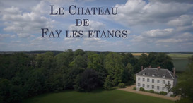 chateau%20vue%20d'en%20haut_edited.jpg