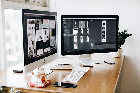 apple-design-desk-326503.jpg