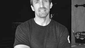 Creating Eye-Catching Design        and Transforming Your Space              - Meet Chris Jones