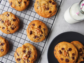 Walnut & Chocolate Chip Cookies