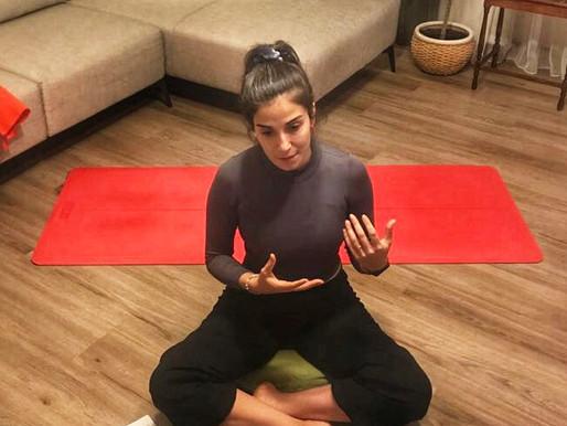 Online Yoga Dersleri İle Yoga Pratiği Oluşturmak