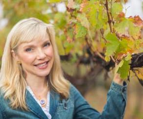 Intervine's Own, Jonjie Lockman, Named National President of Women for WineSense