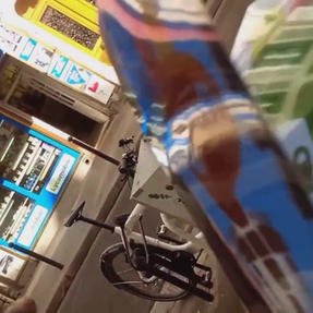 "2018/// rue marcadet "" micro trottoir """