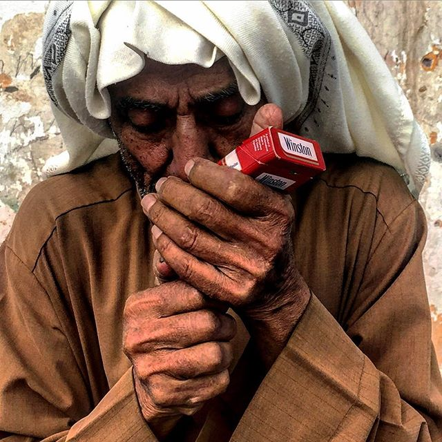 ونستن #photographer #تصوير_شوارع #documentaryphotography #streetphoto #iphoneography _mkharari