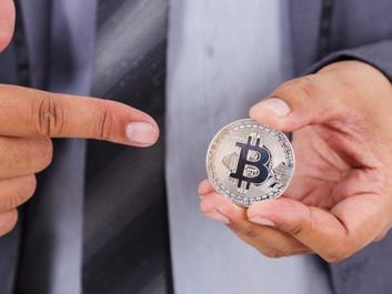 Bitcoin y ladrillo: ya se hacen operaciones con criptomonedas en Argentina