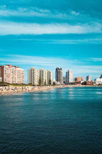 Invertir en propiedades en Uruguay: dónde conviene comprar y cuáles son los precios por zona.