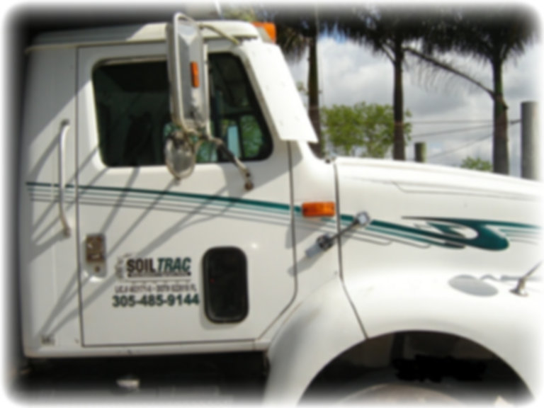"""Land clearing, Grading, hauling, heavy equipment, soil,aggregate,trash,miami"