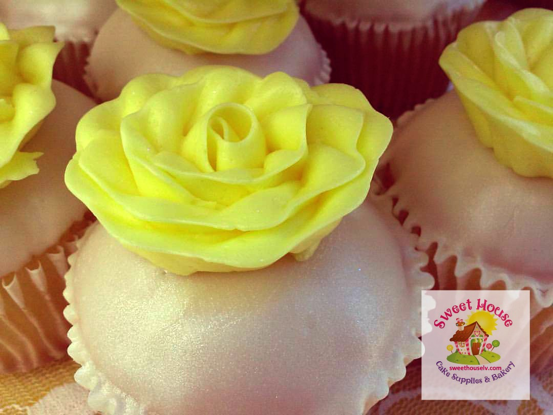 Yellow Rose Cupcake