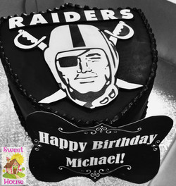 Raiders Logo Cake