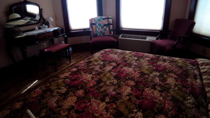 Roos Room 3