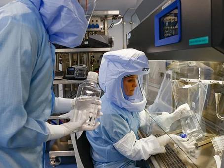 Así es el trabajo en una planta de producción de vacunas contra la COVID-19