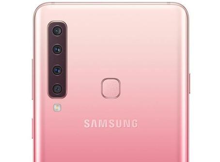 El celular de cuatro cámaras de Samsung llega a Colombia
