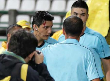 Dimayor sancionó un año al hincha que habría agredido a árbitro en partido entre Once Caldas - Rione