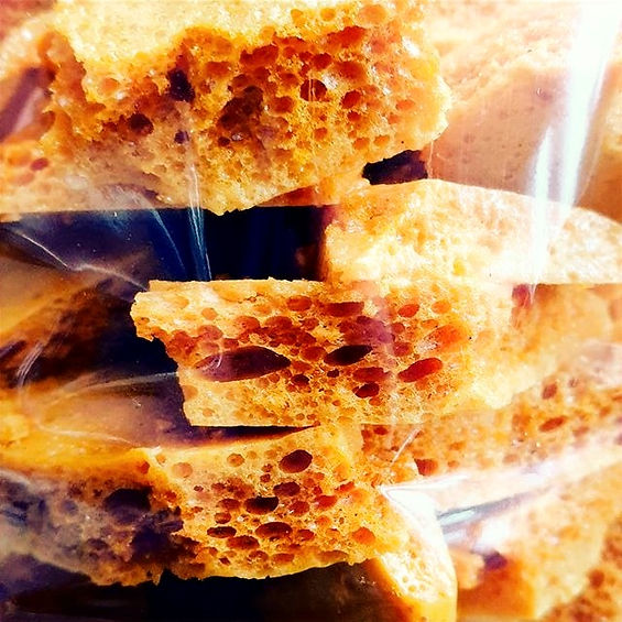 Yesterday's%20%23honeycomb%0A%0ALooking%20for%20a%20new%20home.%0A%0ANot%20suitable%20for%20children