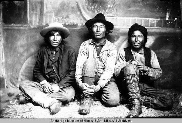 AhtnaIndians-ChiefGoodlataw-in-center.jp