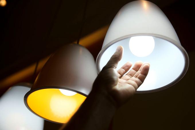 Os riscos das lâmpadas piratas