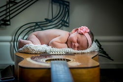 Sydnie-Newborn-Guitar-Baby-Girl-Innisfil.jpg