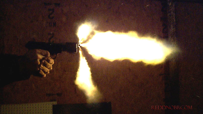 Pluto Nash Gun 002.JPG