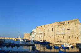 Places of Puglia | an afternoon walk in Monopoli