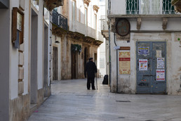 Places of Puglia | 11 reasons why you should take an early sunday morning stroll through the Histori