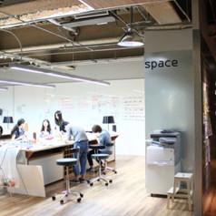 Independent meeting room