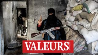 """Au moment où Daech perd du terrain en Syrie, Al-Qaïda, la centrale djihadiste """"canal historique"""", es"""
