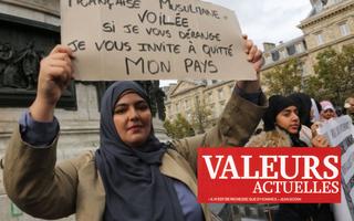 """Persuader la proie """"mécréante"""" que son bourreau jihadiste est innocent: les fruits chaque"""