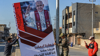 Il viaggio in Iraq del Papa più filo-islamico di tutti i tempi