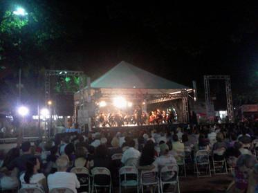 Concerto em Praça Pública - Ariranha - SP