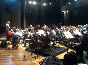 Maestro David Rosenmeyer e Filarmonica São Carlos