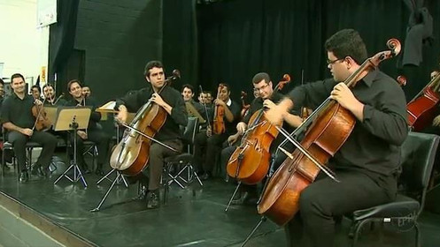 Momento dos violoncelistas no Concerto Didático