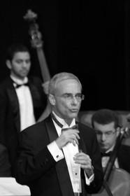 Maestro Dario Sotelo e Filarmonica São Carlos