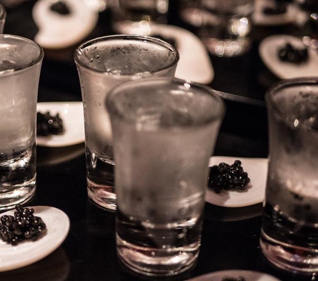 Caviar_Shots_PowderRoomNiseko