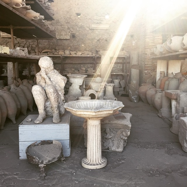 Like a snapshot in time #Pompeii is both remarkable and sad