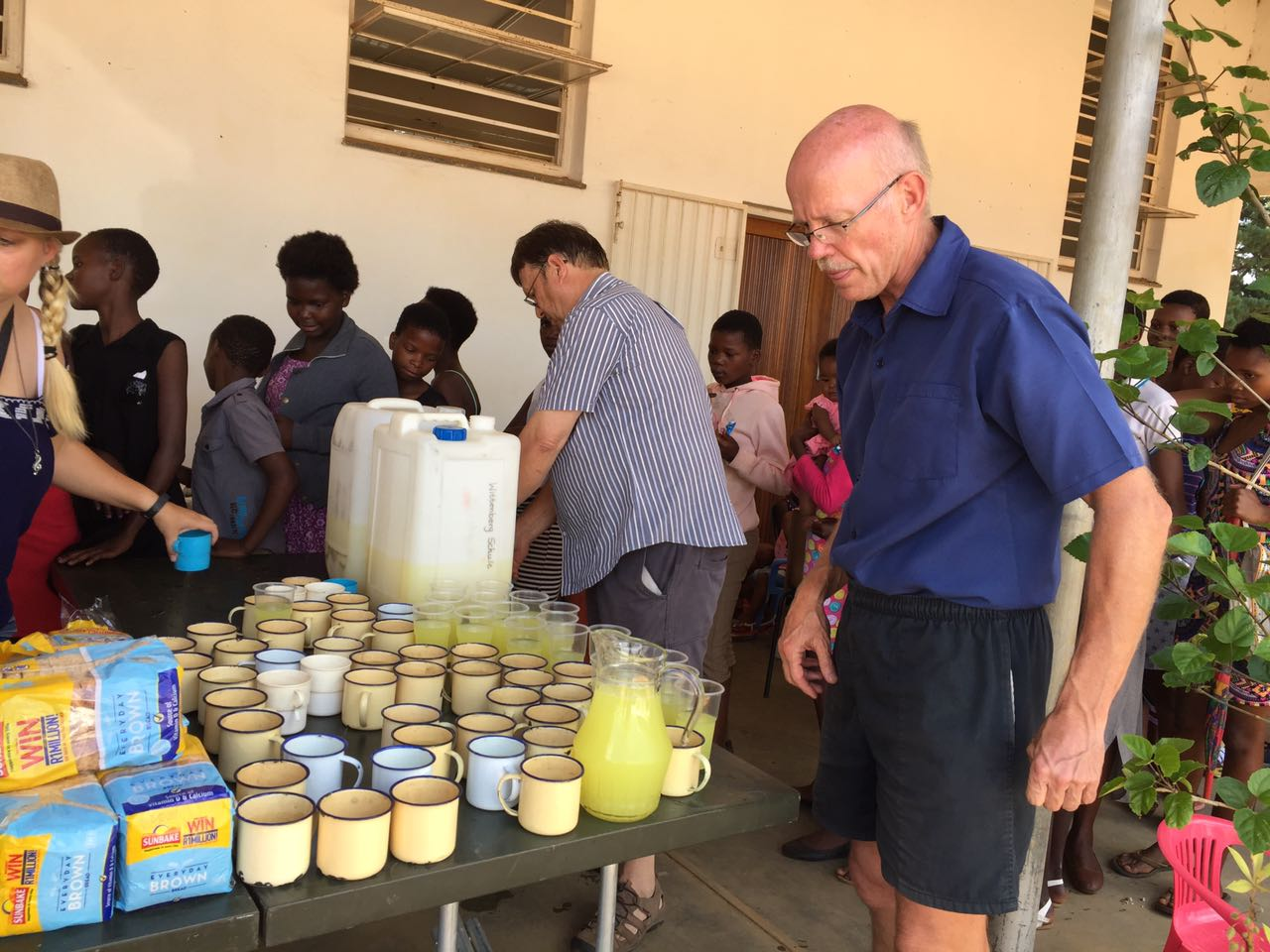 Feeding the Moolman congregation